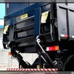 Plataforma elevatória de carga para caminhões