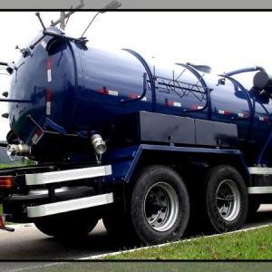 Caminhão tanque vácuo